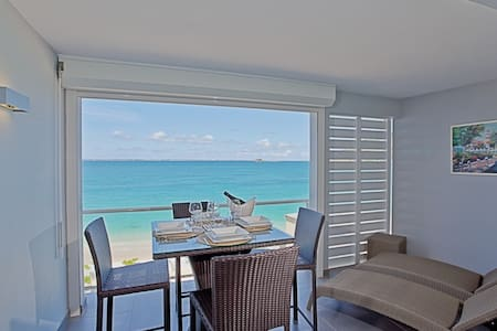 Beautiful beachfront apartment - Grand-Case - Apartment