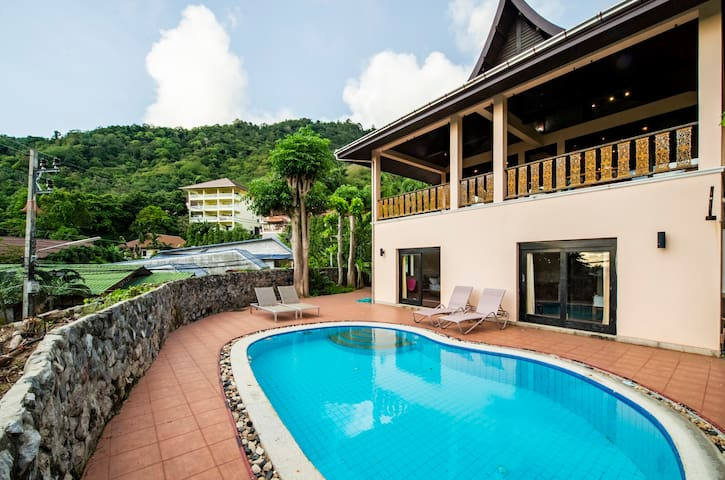 Impressive Kata Sea View 5bd Pool Villa Sleeps 12