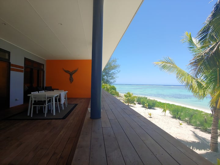 Large & Beachfront - Panama Apartment 1 Rarotonga