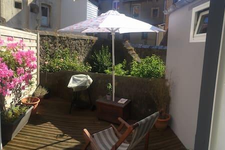 Petite maison Boulogne sur mer - House