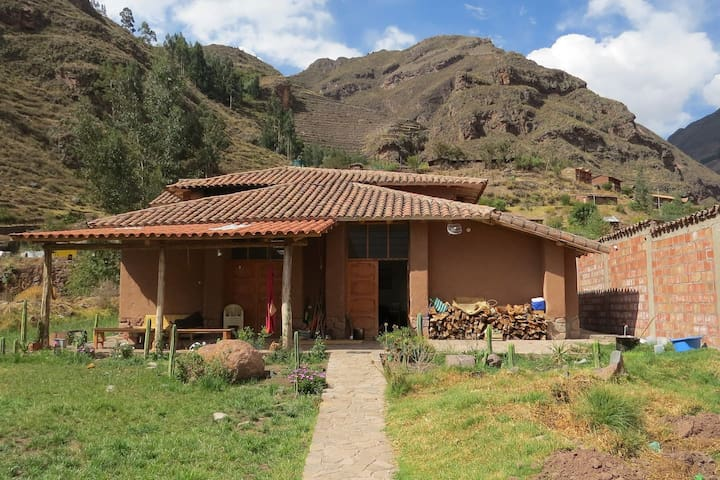 Magical and peaceful home in Pisac/ King Room - Pisac - Huis