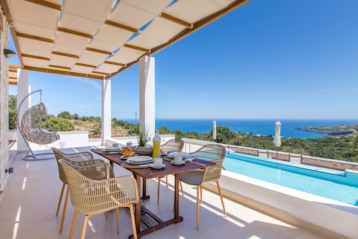 Villa Laventer, coastal vistas