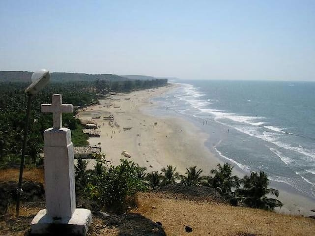 Non Ac room Only for Couples and Solo Travelers :) - Arambol beach  - Daire