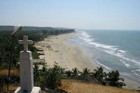 Delux Rooms @ Kitchen, Fridge,etc nearby Beacharea - Arambol beach  - Apartamento