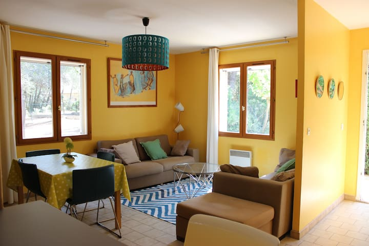 Villa en Provence avec Terrain de Tennis - Lançon-Provence