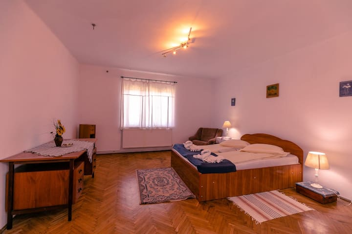 Casa Dalia ll double room near the medieval center