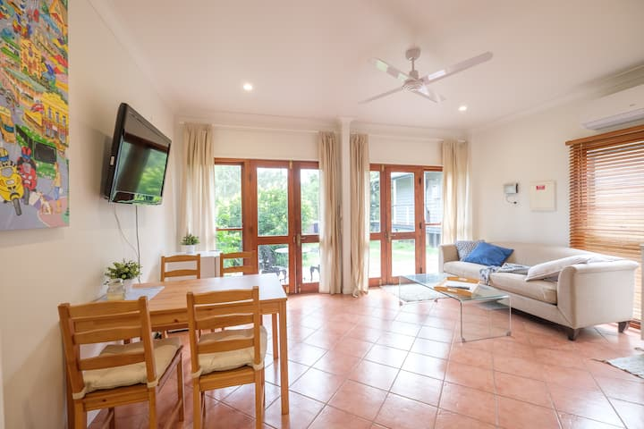Delightful Flat on Bushy Acreage at Pinjarra Hills