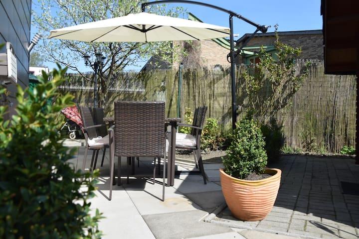 Femerosa Apartment mit Garten - Free Wifi