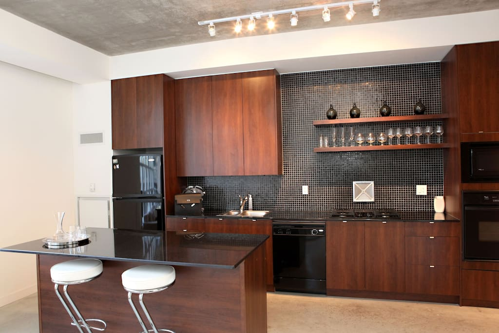 Kitchen with custom tailored cabinetry
