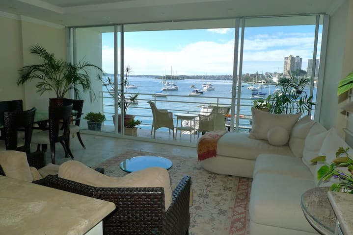 Harbourside Apartment