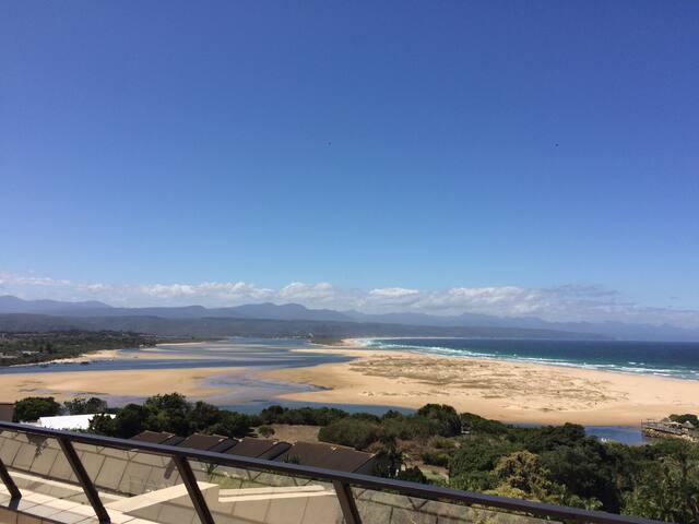 Panoramic views by Lookout beach - Plettenberg Bay - Huoneisto