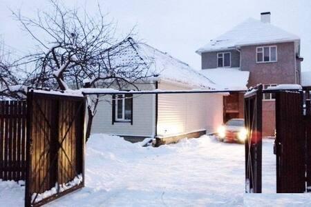 Дом рядом с лесом, близко Москва - Moskou
