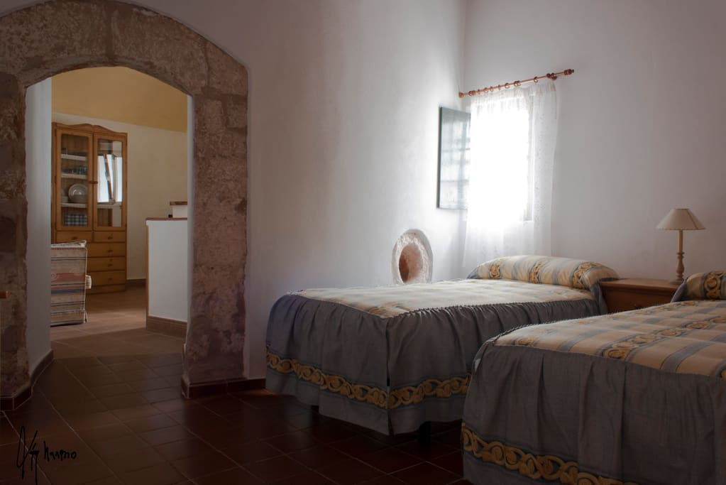 Apartment farmhouse chambres d 39 h tes louer mahon for Chambre d hote fort mahon
