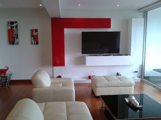 Golf view apartment - Distrito de Surco - Apartamento