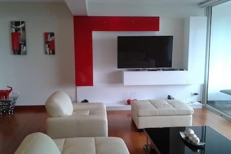 Golf view apartment - Distrito de Surco - Apartemen