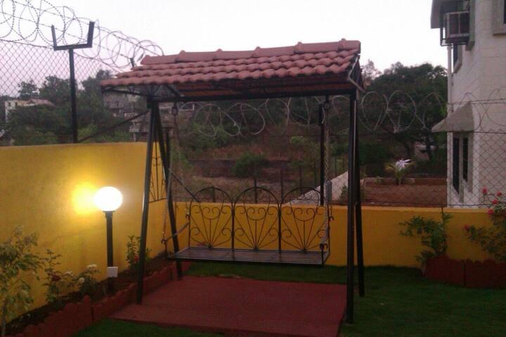 Amazing 3bhk villa with common pool - Lonavala - บ้าน