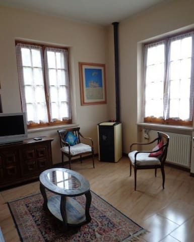 Comfy home in small medieval town - Acquasparta - House
