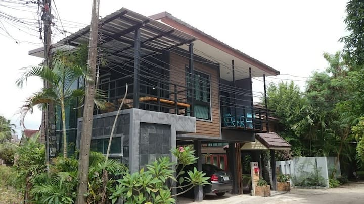 Studio House 198/7, 1 km to Bangtao Beach