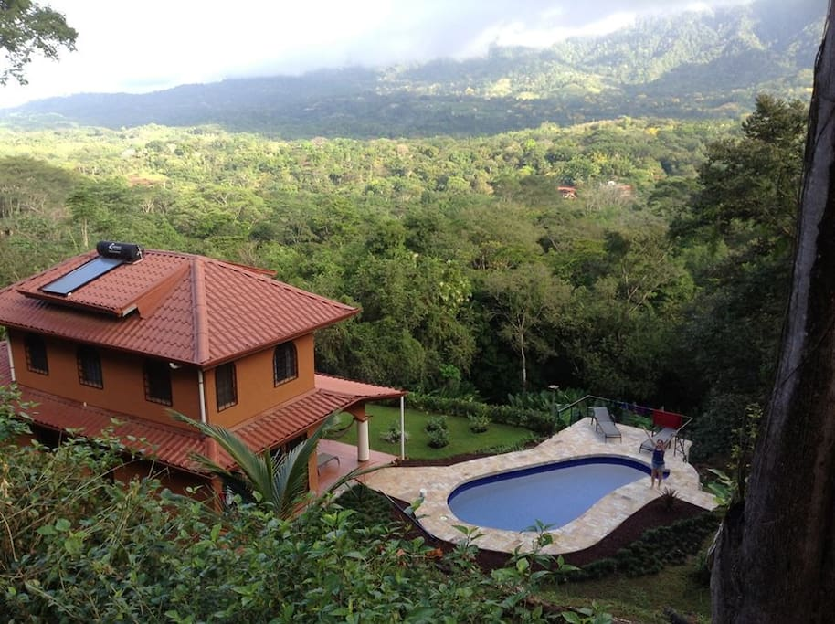 Vacation home in beautiful tropical village houses for for Vacation homes for rent in costa rica