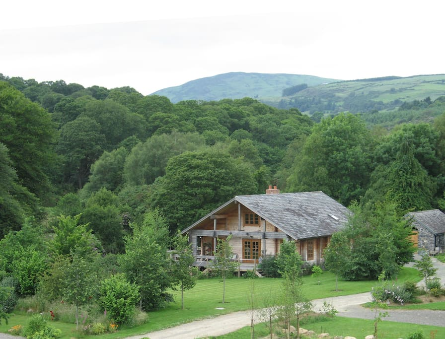Find Holiday Rentals in Roundwood on Airbnb