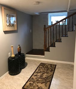 Cozy 1BR  Apt - Worcester - House