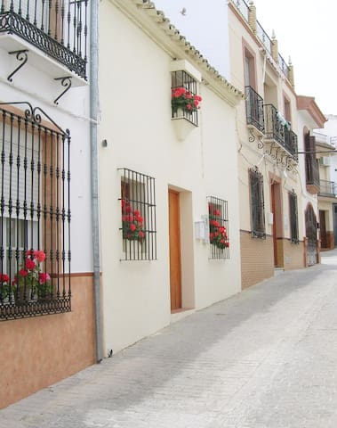 Seville/Malaga/Cadiz Border - Suite of three rooms - Villanueva de San Juan - Bed & Breakfast