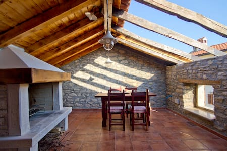Quiet, private house near Motovun - Motovun