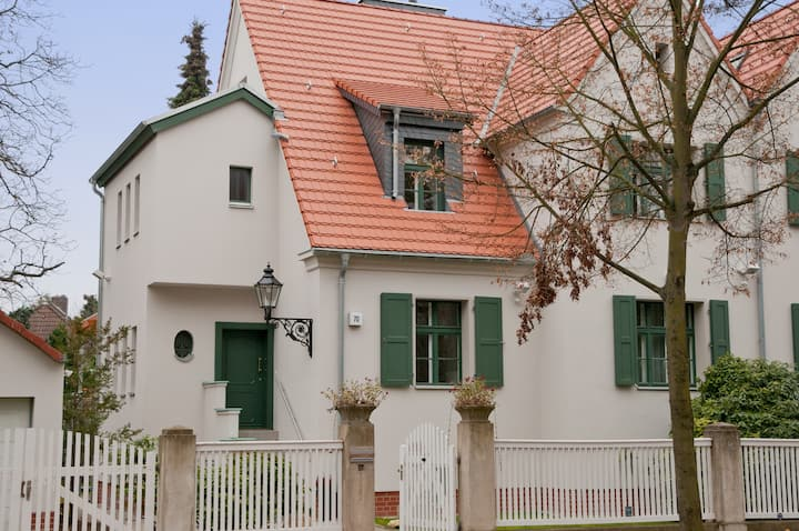 Casa-Comoda- Berlin. Exklusives Domizil in Berlin