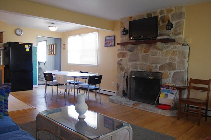Large, Affordable Home w/fun Bar! - Brigantine - Talo