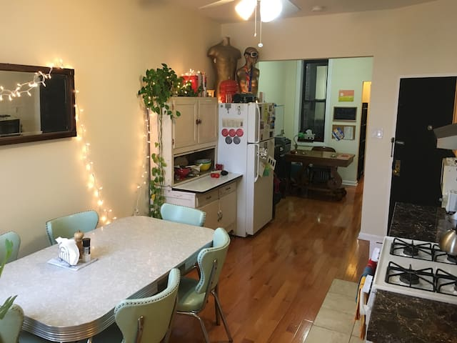 Sun filled Greenpoint 1 Bedroom with vintage feel
