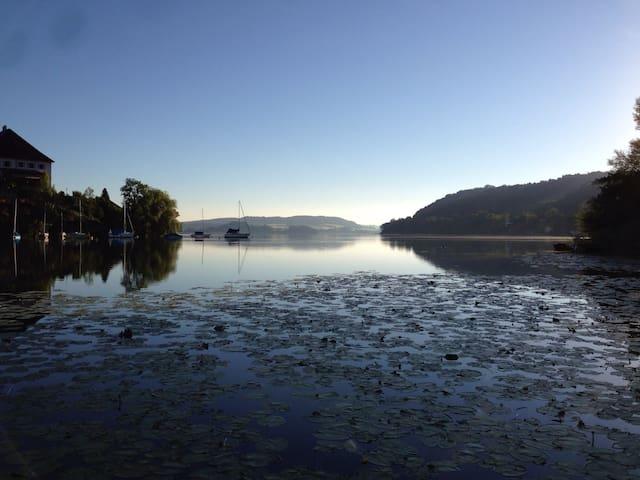 Serene Lakeside Residence near Salzburg B&B - Mattsee