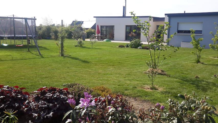 villa moderne a proximité de la mer - Dinan - Haus