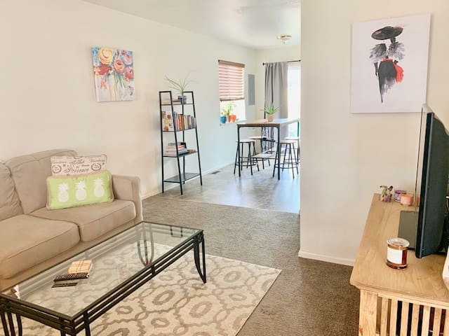 🌟Darling Duplex-Desirable Destination/Old CO City
