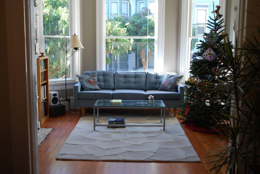 Sunny, elegant living room