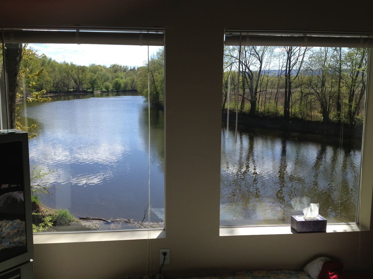 Picture windows in main room provide stunning view of Wallkill River.