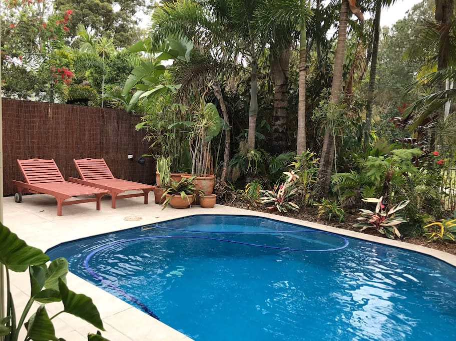 Secluded tropical oasis only 10 minutes from noosa for Pool show on foxtel
