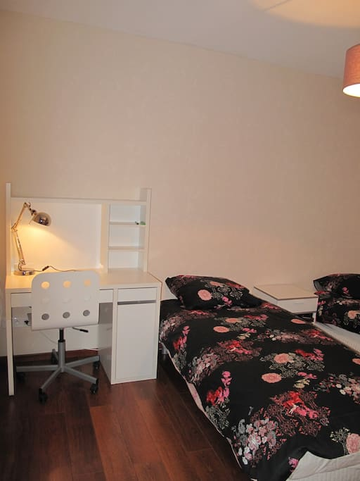 Bedroom 1: 2 beds 90X200, 1 cupboard, 1 deck with internet access.