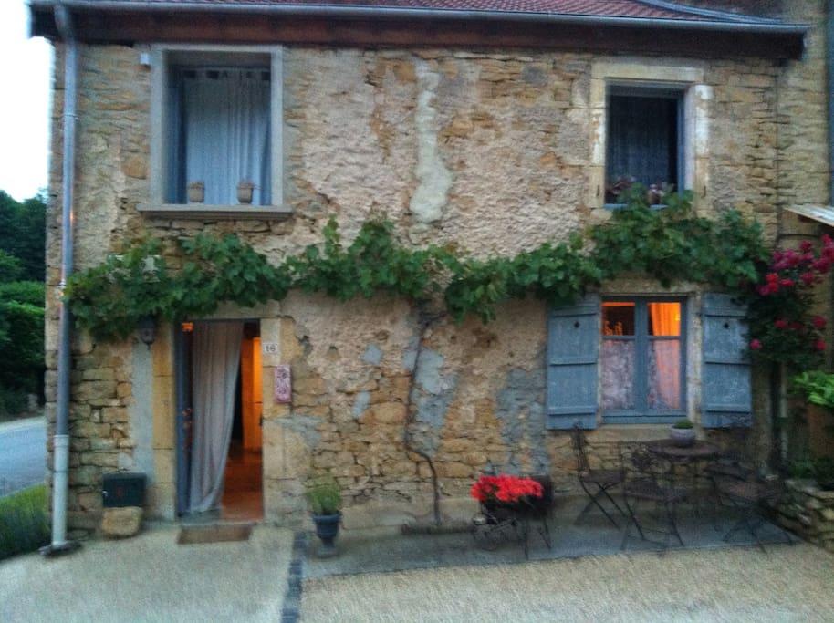 Charmante maison auflance chambres d 39 h tes louer florenville r gion wallonne belgique - Chambre d hotes belgique ...