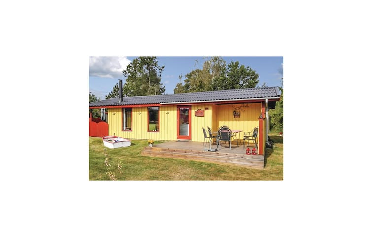Holiday cottage with 3 bedrooms on 60 m² D63823