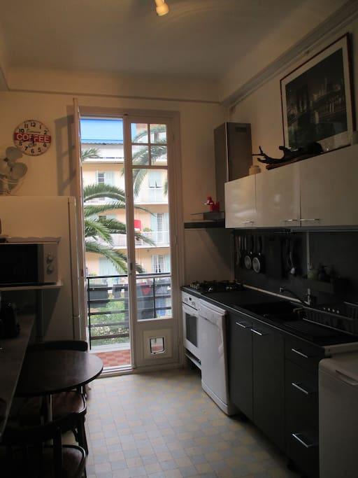 cuisine avec balcon