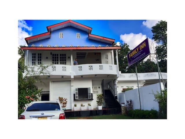Family inn - Trincomalee - Gästhus