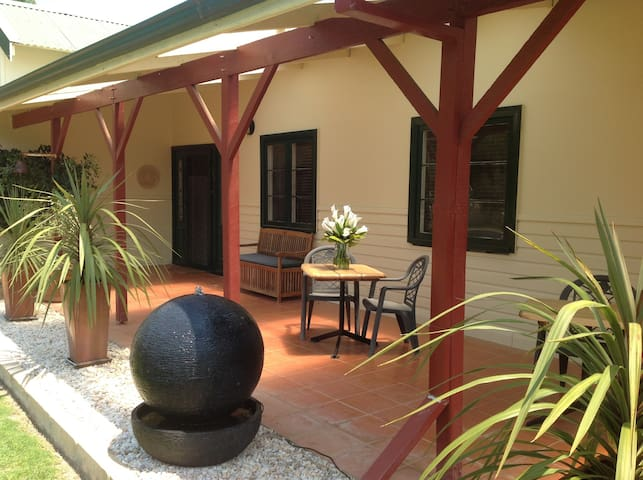 Twin room with ensuite - Busselton - Bed & Breakfast