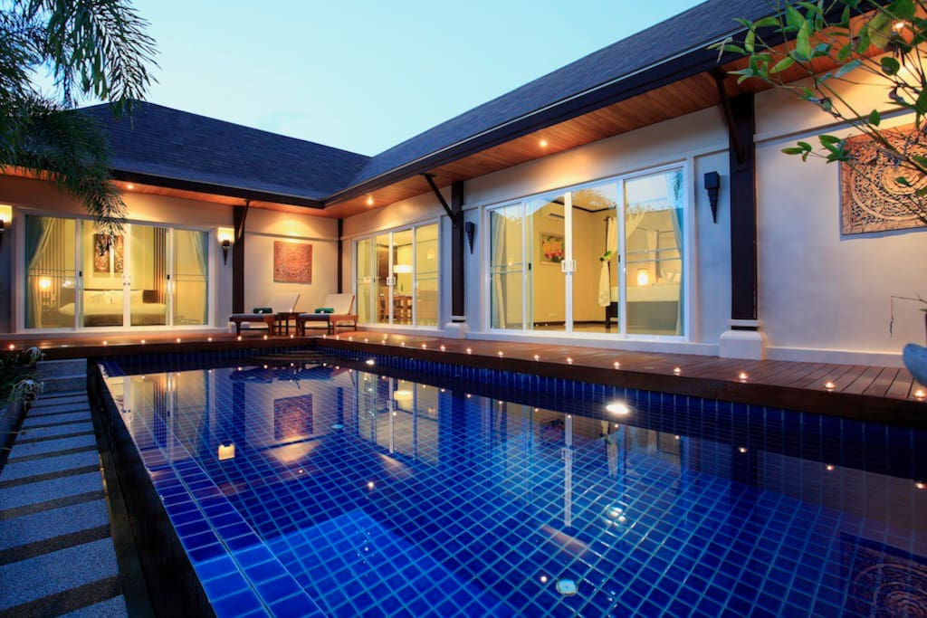 Pool Villa at night.