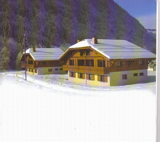 Bed and Breakfast in confortable chalet in Morzine