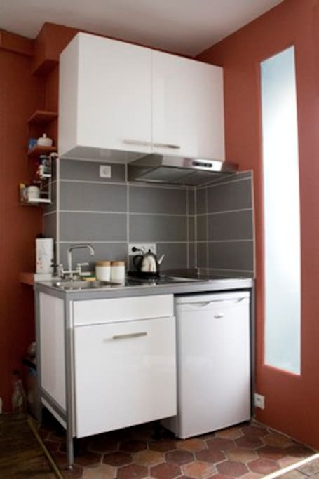 Small Kitchen, easy to use, and functional