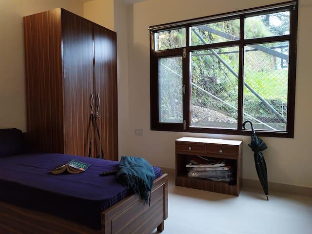 Shimla Gypsy (A Women Friendly Hostel)