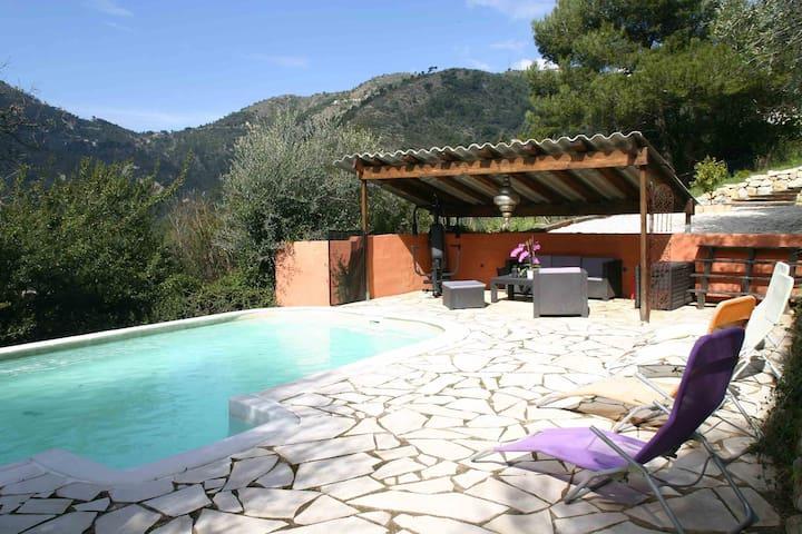Superbe villa de 160m² près de Nice - Drap - บ้าน