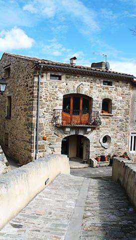 Maison en pierre 2 chambres - Monze - House
