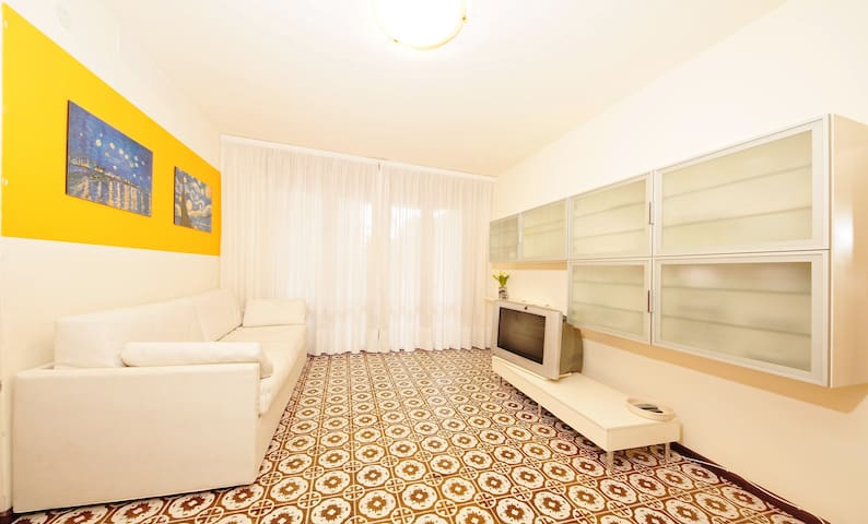 Central modern flat near the sea Y - San Michele al Tagliamento - Apartemen