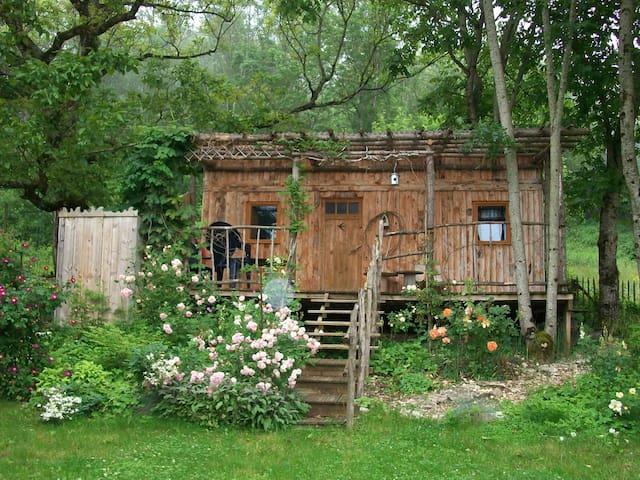 Gîte LE PETIT CO Cabane Champêtre  - Simandre-sur-Suran - 小屋